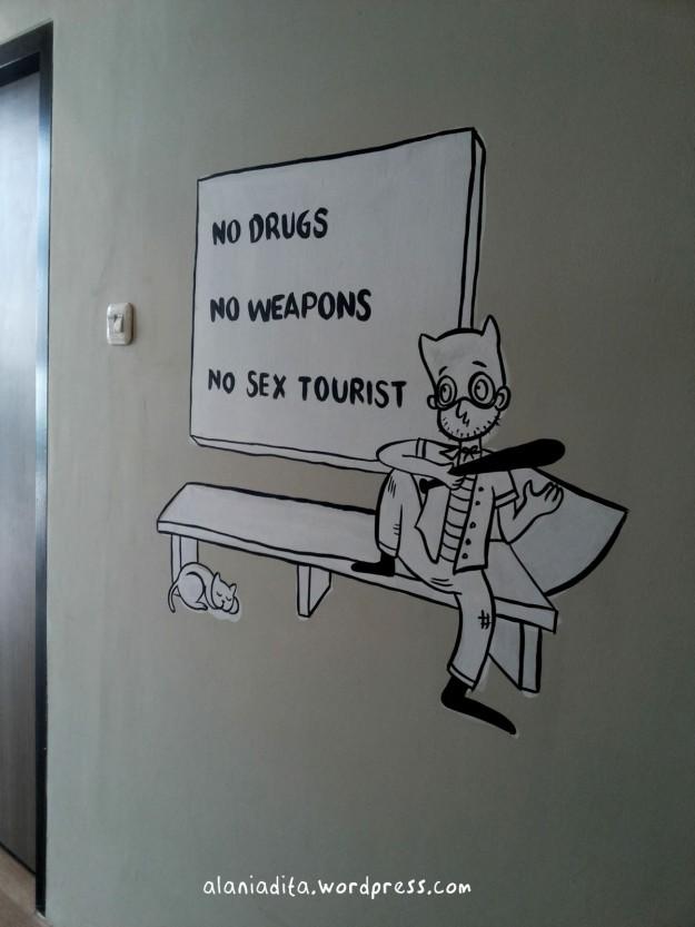 (((No Sex Tourist)))