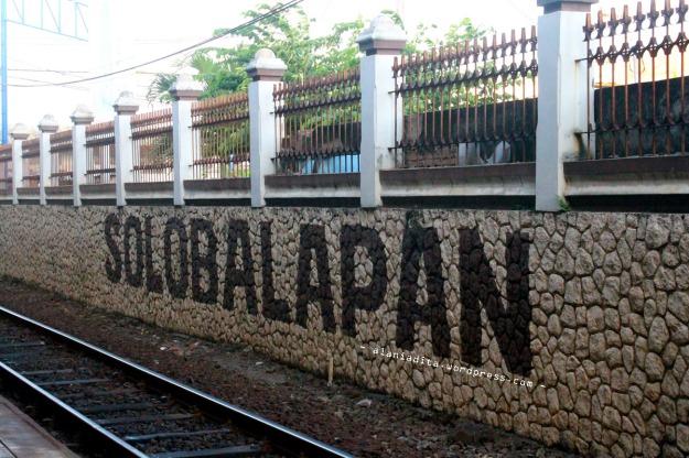 Neng Stasiun Balapan :)