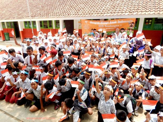 Bangun mimpi anak Indonesia. Merdekaaaa!