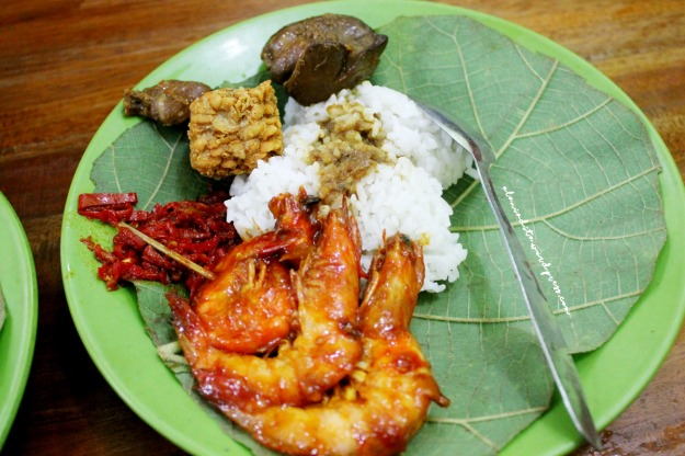 Cirebon-Nasi Jamblang