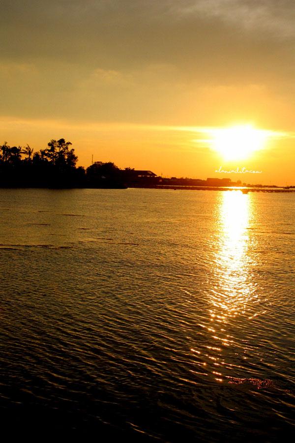 Sunset Pulau Harapan