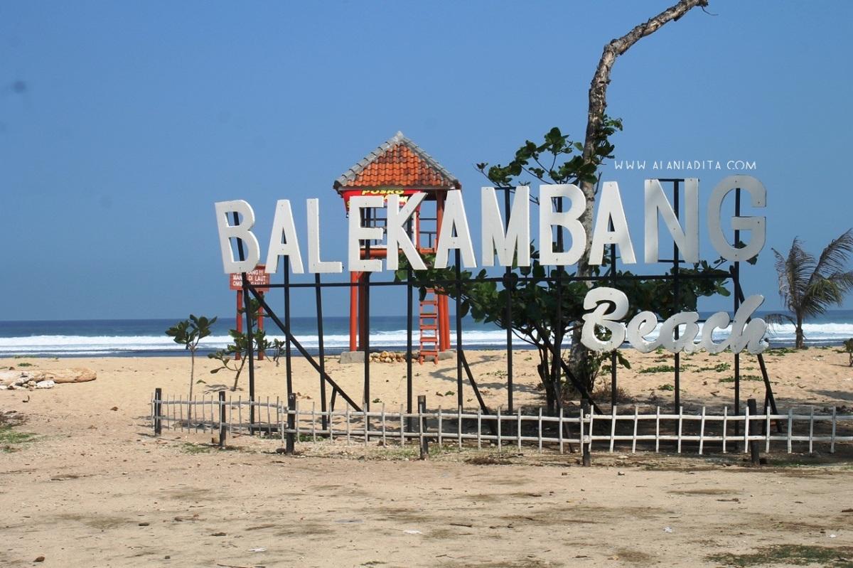 Menyusuri Pantai di Malang Selatan