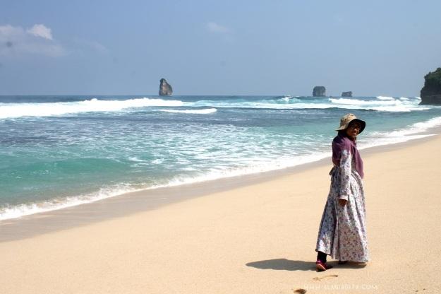 Pantai Goa Cina 2