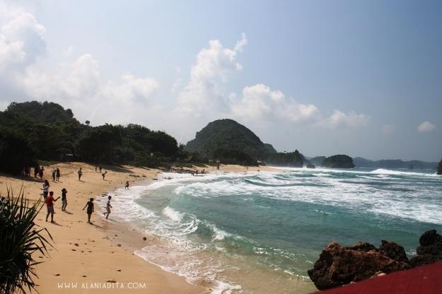 Pantai Goa Cina 3