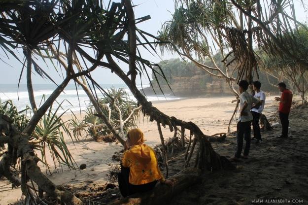 Pantai Ngantep 2