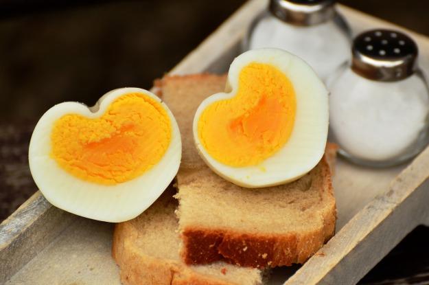egg-1536990_1920.jpg