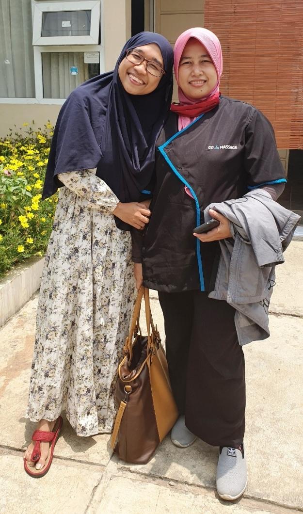 Nia & Ibu Nana